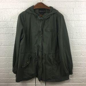 Forever 21 green hooded utility jacket
